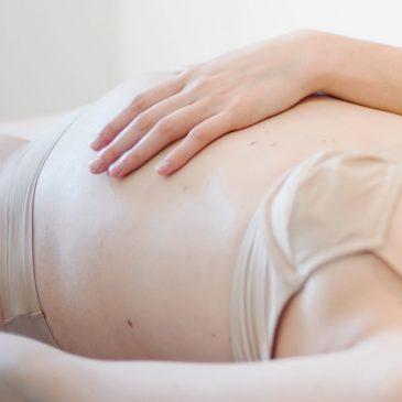 Comment préparer au mieux mon futur accouchement avec mon ostéo ?
