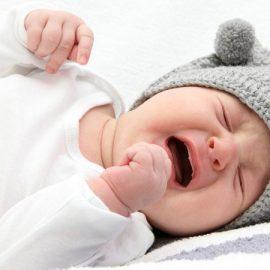 Bébé ne dort pas, comment l'ostéopathie peut-elle m'aider ?